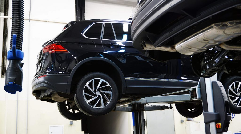 4 Signs Your Car, Truck, or SUV is Out of Alignment